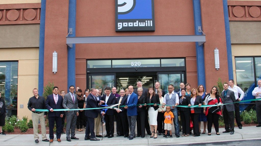 GW Boulevard Mall Ribbon Cutting